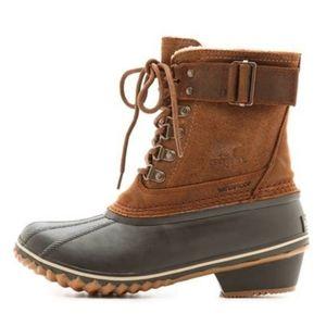 Sorel Winter Fancy Lace Duck Boots 9